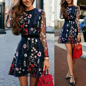 🎆Short dress with semi-sheer long sleeves - size